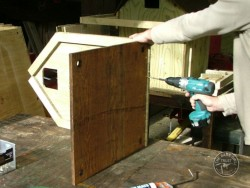 Barn Owl Pole-Mounted Nestbox Construction 12