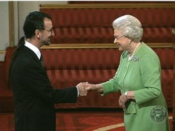 David Ramsden Meets The Queen British Ceremonial Arts Ltd